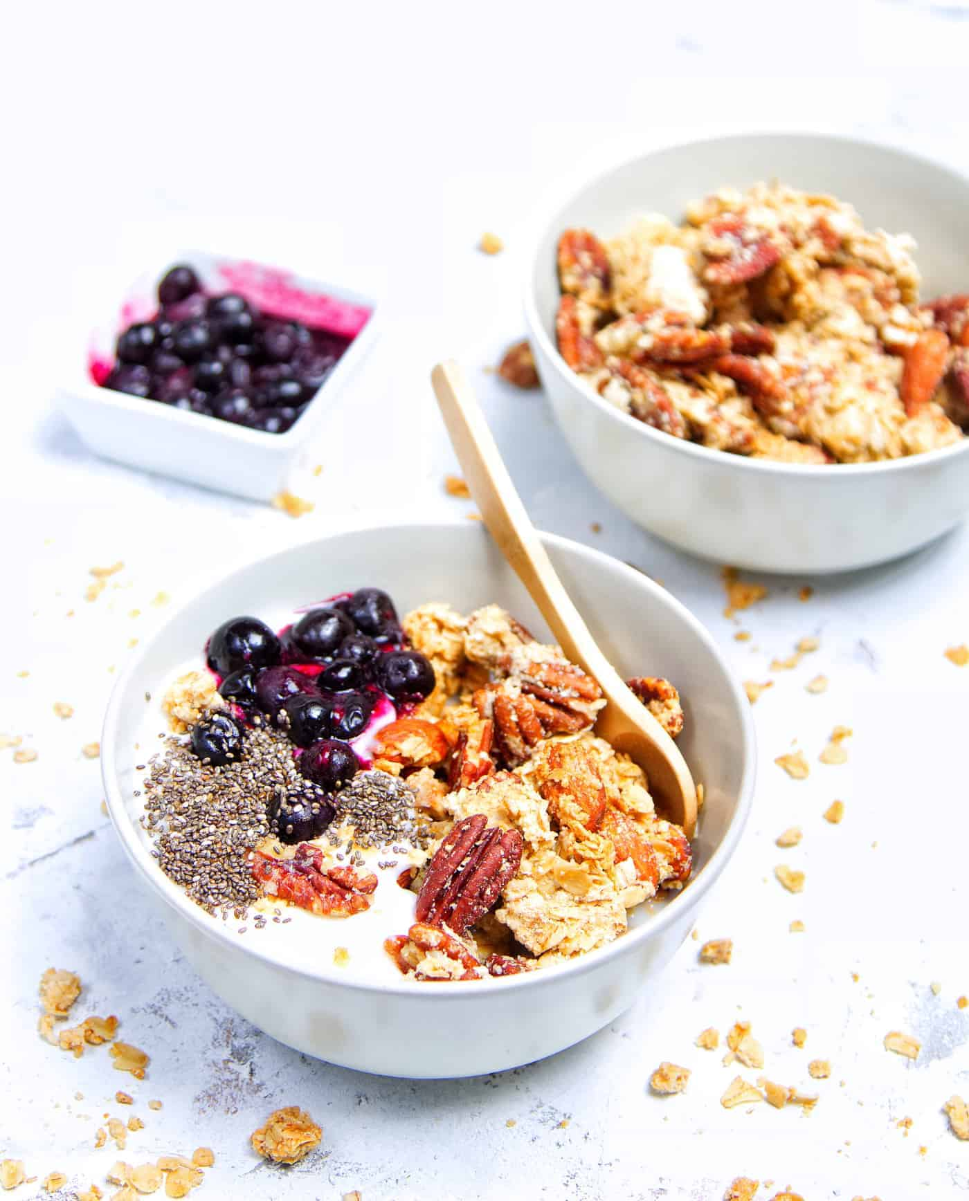 Crunchy Peanut Butter Granola Yoghurt