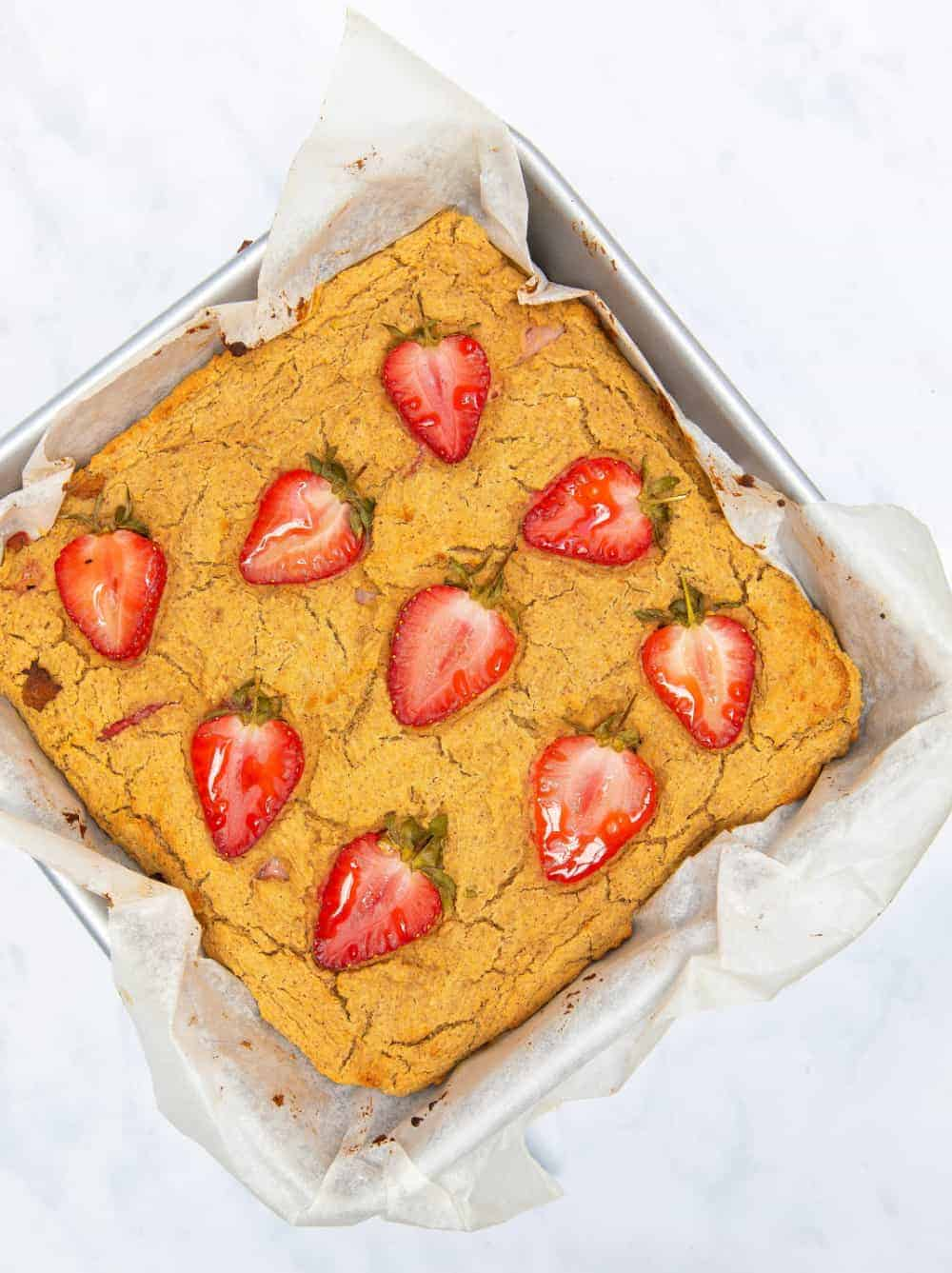 Peanut Butter Strawberry Blondies - baking tray