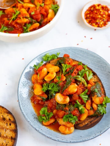 Spicy Butterbeans on Toast front