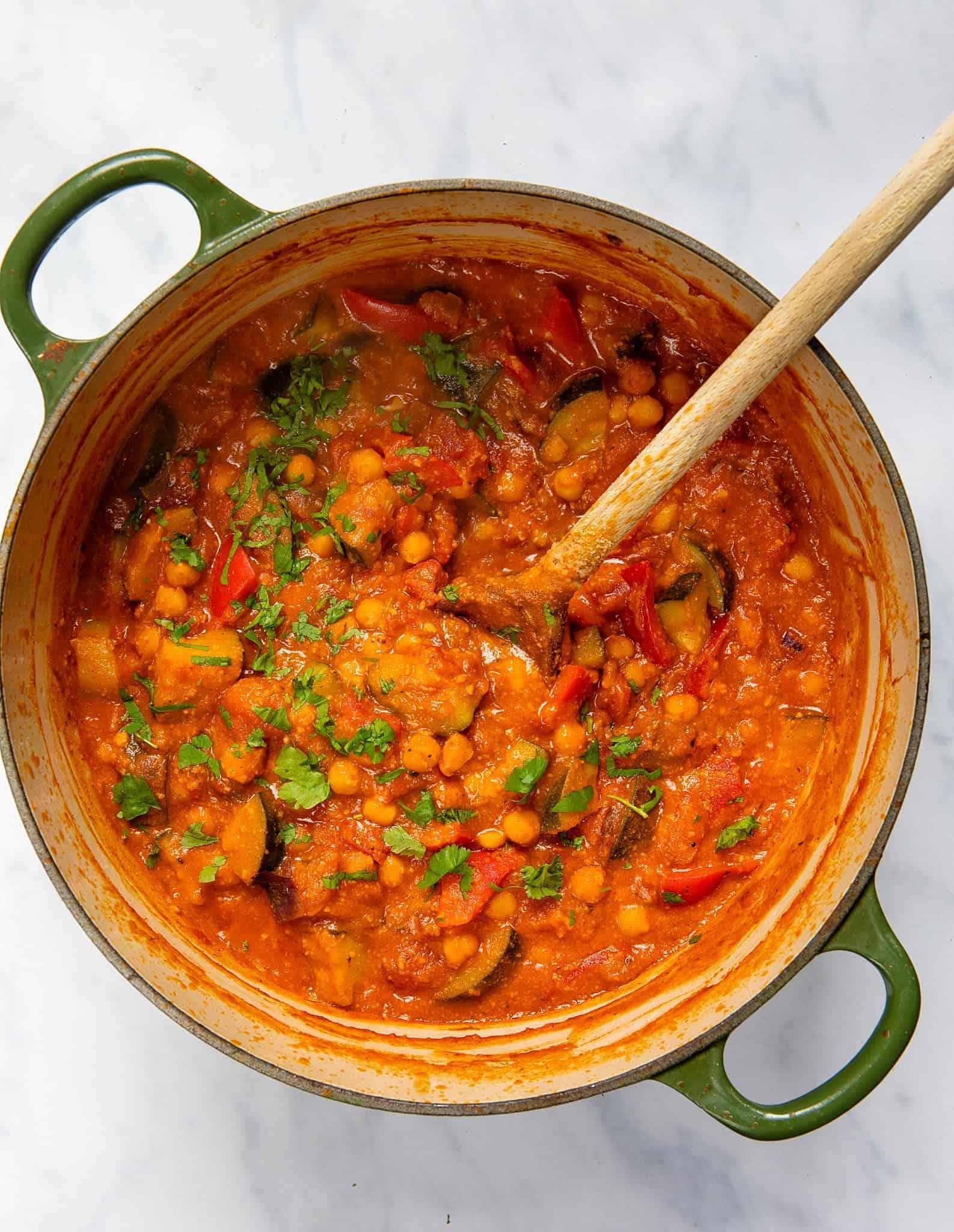 Apricot & Chickpea Tagine - Pot spoon