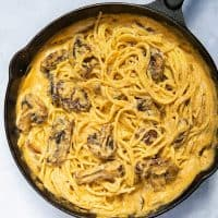 15 Minute Creamy Mushroom Pasta